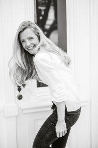 Kim-Sarah Brandts s/w